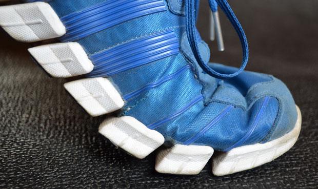 Подошва кроссовок для бега